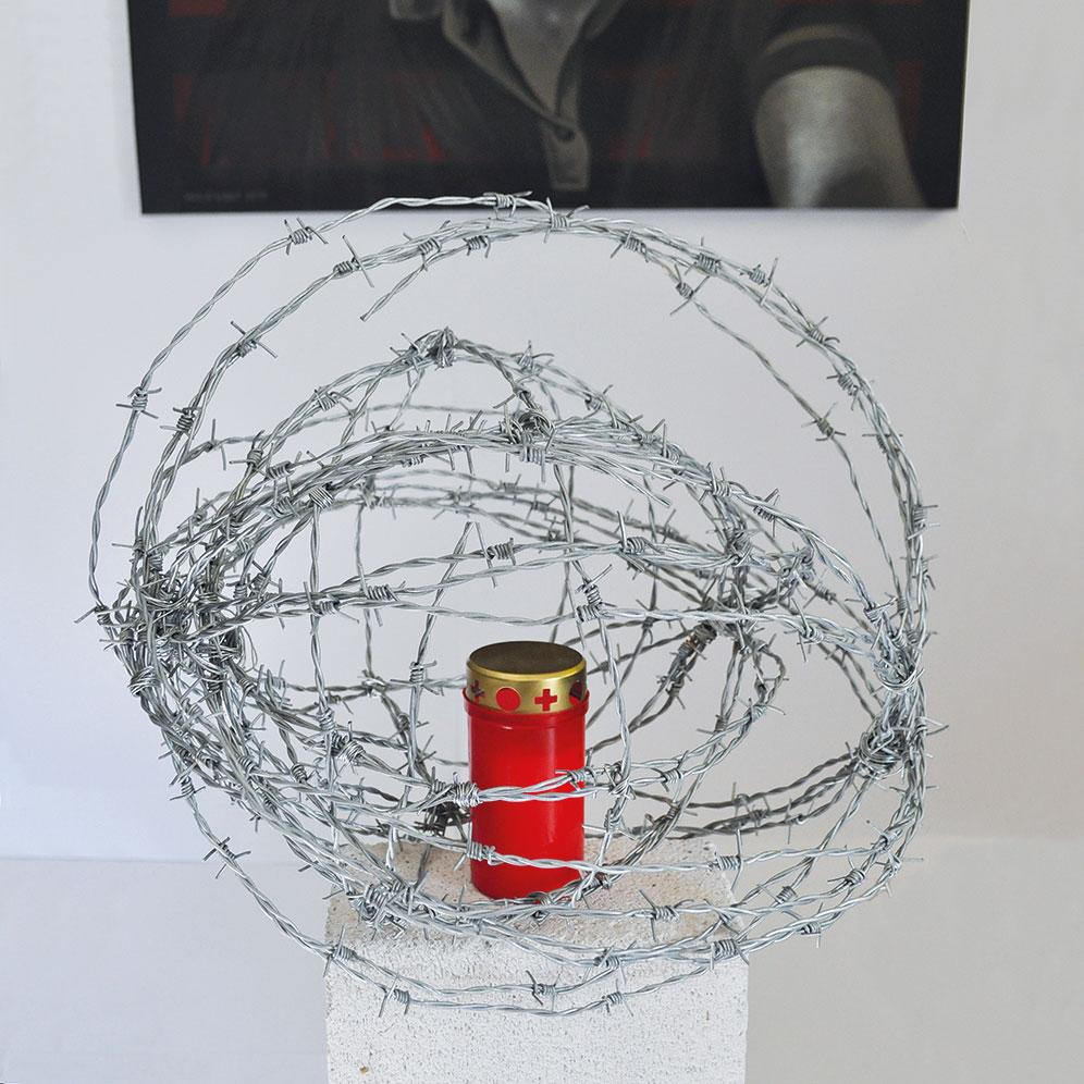 In Anbetracht -Installation Kunst